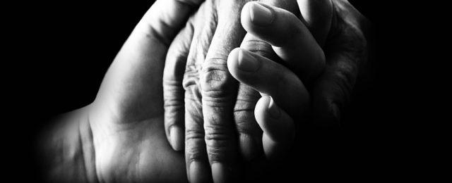 hands-699486_1280